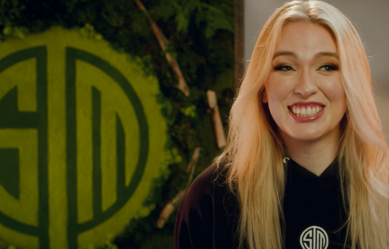 QTCinderella, A Twitch streamer Has Joined TSM As A Content Creator